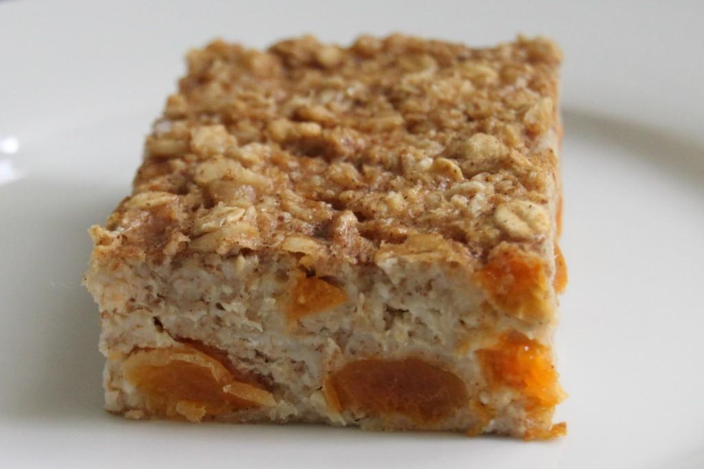 Apricot Oat Bake